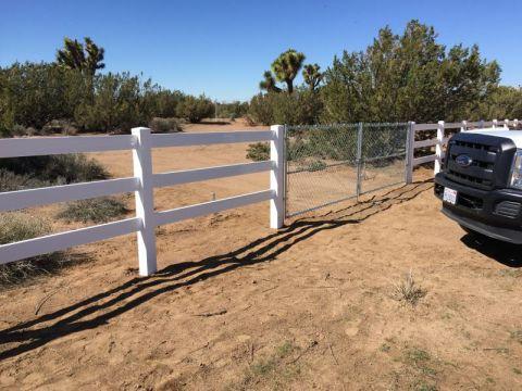 Ranch Style Vinyl Fence Installation Victorville