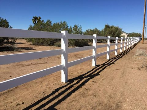 Ranch Style Vinyl Fence Victorville