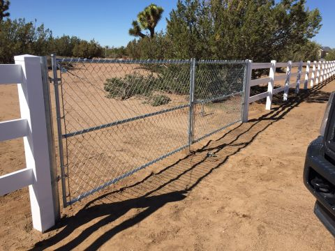 Ranch Style Vinyl Fence Installation Apple Valley