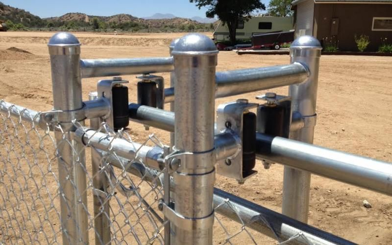 Metal Fencing Victorville