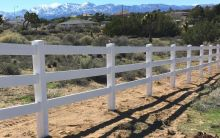 Ranch Style Vinyl Fence Hesperia
